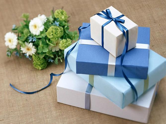 hộp đựng quà tặng